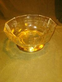 clear footed glass bowl
