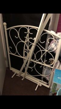 Single Wrought Iron Bed Frame Pittsburgh, 15210