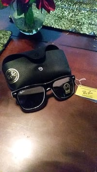 Ray bans never been worn with case