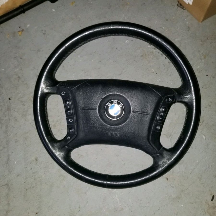 Bmw steering wheel and airbag.