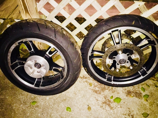 Used Harley Davidson Wheels >> Used Enforcer Wheels Tires And Front Brake Rotors 2008 And Newer