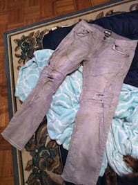 Gray Earth style jeans (36x32)