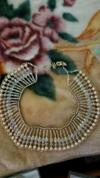 silver and white beaded necklace Mississauga, L5V 2A8