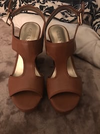 Brand new Guess brand wedges size 7