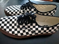 NEW! MENS -13- VANS GUM SOLE $30 FIRM Denver, 80231