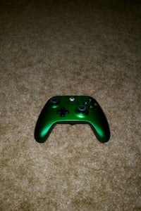 Emerald Xbox one controller  Redding, 96003