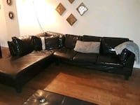 black leather sectional sofa with throw pillows Mississauga, L5N 1Y1