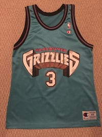 Autographed Vancouver Grizzlies jersey Coquitlam, V3J 6Y9