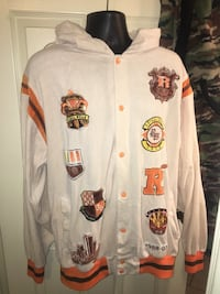 Men's XL long regal wear hoodie in great condition located off lake mead and jones area asking $3 Las Vegas, 89106