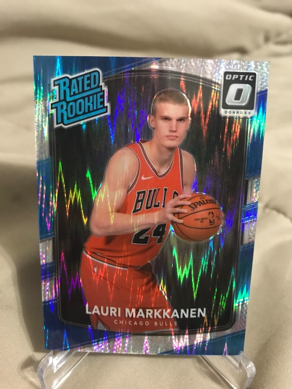 Lauri Markkanen Optic Rated Rookie Card Bulls
