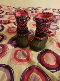 pair of toddler's red-purple-and-black leather bubble duck snow boots Racine, 53404