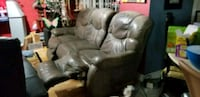 Lazy boy chair  Mississauga, L5M 5X9