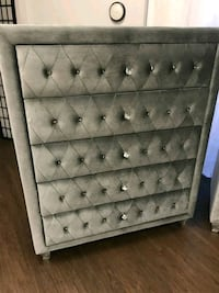 tufted gray 5 drawer chest
