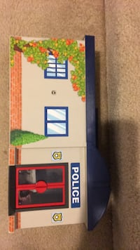 playmobile police station Manassas, 20112