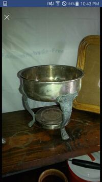 Silver decorative stand accent piece. Gorgeous