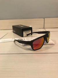 Brand new with box oakley breadbox from fallout collection