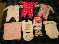Newborn to 3 months assorted baby girl  clothes Spring Lake, 28390