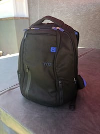 Tylt Energi charging backpack Lakewood, 90713