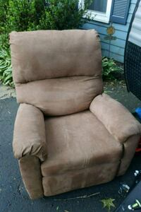 brown suede recliner sofa chair Chesterfield, 23832