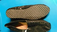 Size 6 Toms Like New London