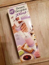 Wilton decorator plus kit NIB Essex, 21221