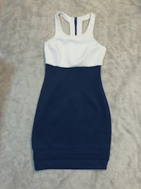 BNWT Navy Blue and white Guess dress - XS Toronto, M5R 2W9