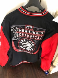 The Toronto Raptors Jacket  size XL  Vaughan, L4H 2G3