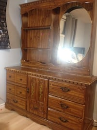 Dresser with mirror 3148 km