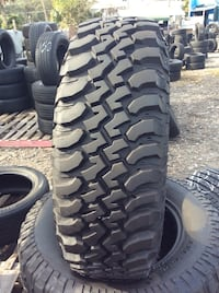 BFGoodrich Tires 255/75/r17  Installed and Mounted  300$ for the set