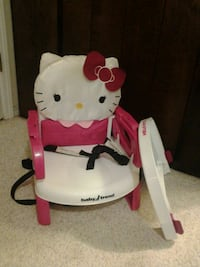 Baby trend Hello Kitty booster seat with trey Crestview, 32536