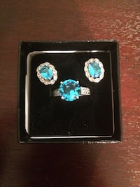 Earing and ring December birthstone set