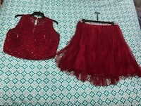 PRICE REDUCED - - - Two piece prom outfit - price is negotiable Bunnlevel, 27546