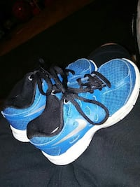Childrens size 10.5 nikes