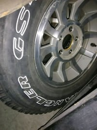 30x9.50R15 Jeep tires&Wheels 36 mi