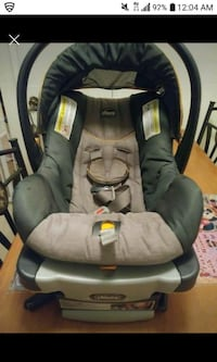 baby's black and gray car seat carrier Niland