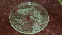Elegant glass serving platter Toronto, M4J 2E4