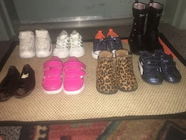 Toddler shoe lot( needs clean shoe strings)2 for 10$ ,4 for20$