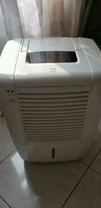 white Haier portable air cooler Windsor, N8X