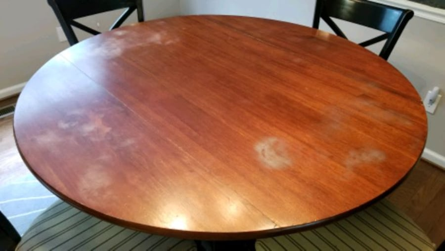 Pottery Barn Bistro Dining Table and Chairs f50994d5-f886-4103-a997-5103c4128af5