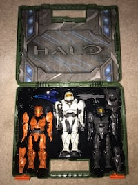Halo figurine case and figures Lawrenceville, 30045