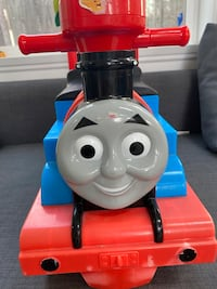 Thomas train ride car