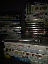 Dvd n blue ray movies 1$ each Wyoming, 49509