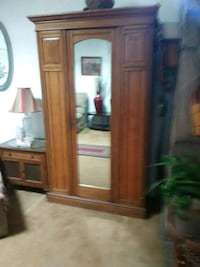 Antique armoire-wardrobe Albuquerque, 87121