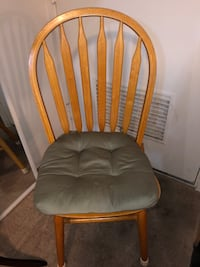 Wooden Table with 5 chairs Honolulu, 96815