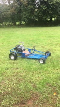 blue and black dune buggy Linfield, 19468