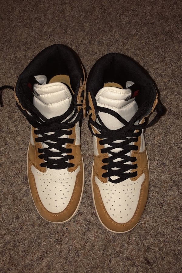 Jordan 1 size 10.5 Rookie of The Year 0af4d183-493f-4aa3-ad8e-0d7e692d1bc2