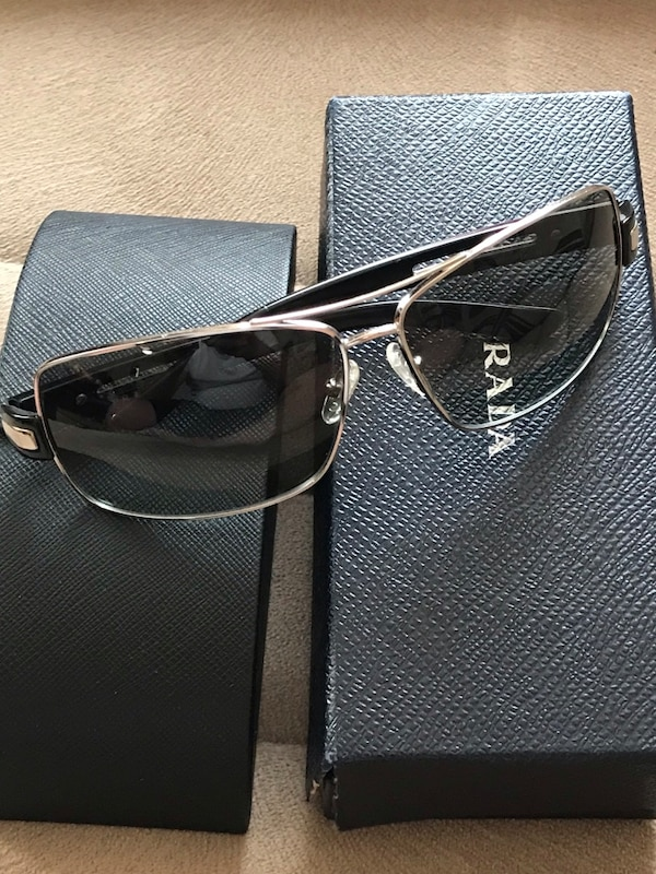 0170612a459e Prada Polarized Men's Sunglasses Comes With Original case & Cleaning cloth  Made in Italy MRSP: