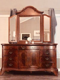 brown wooden dresser with mirror Lawrenceville, 30045