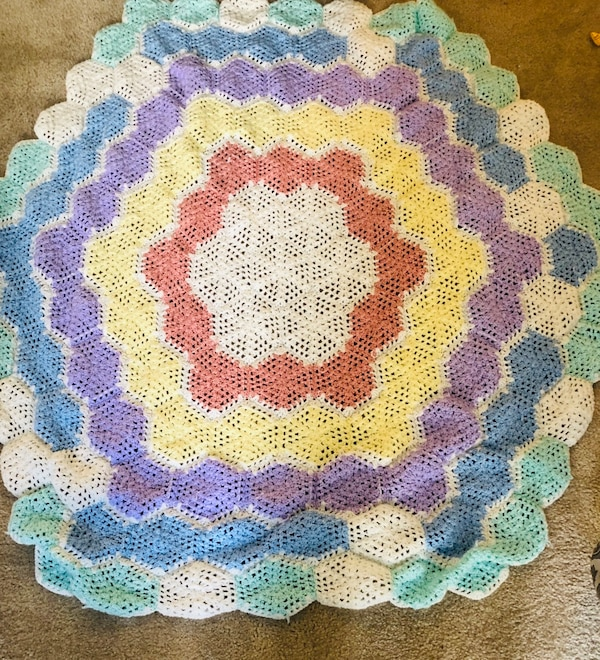 Quilted baby blanket b5536299-ccc7-4d38-8fa5-9c186b7f5589