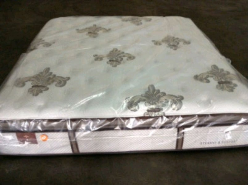Brand new stearn foster king mattress. Delivery 50 69259814-e2f6-4147-9678-4014bed66c48